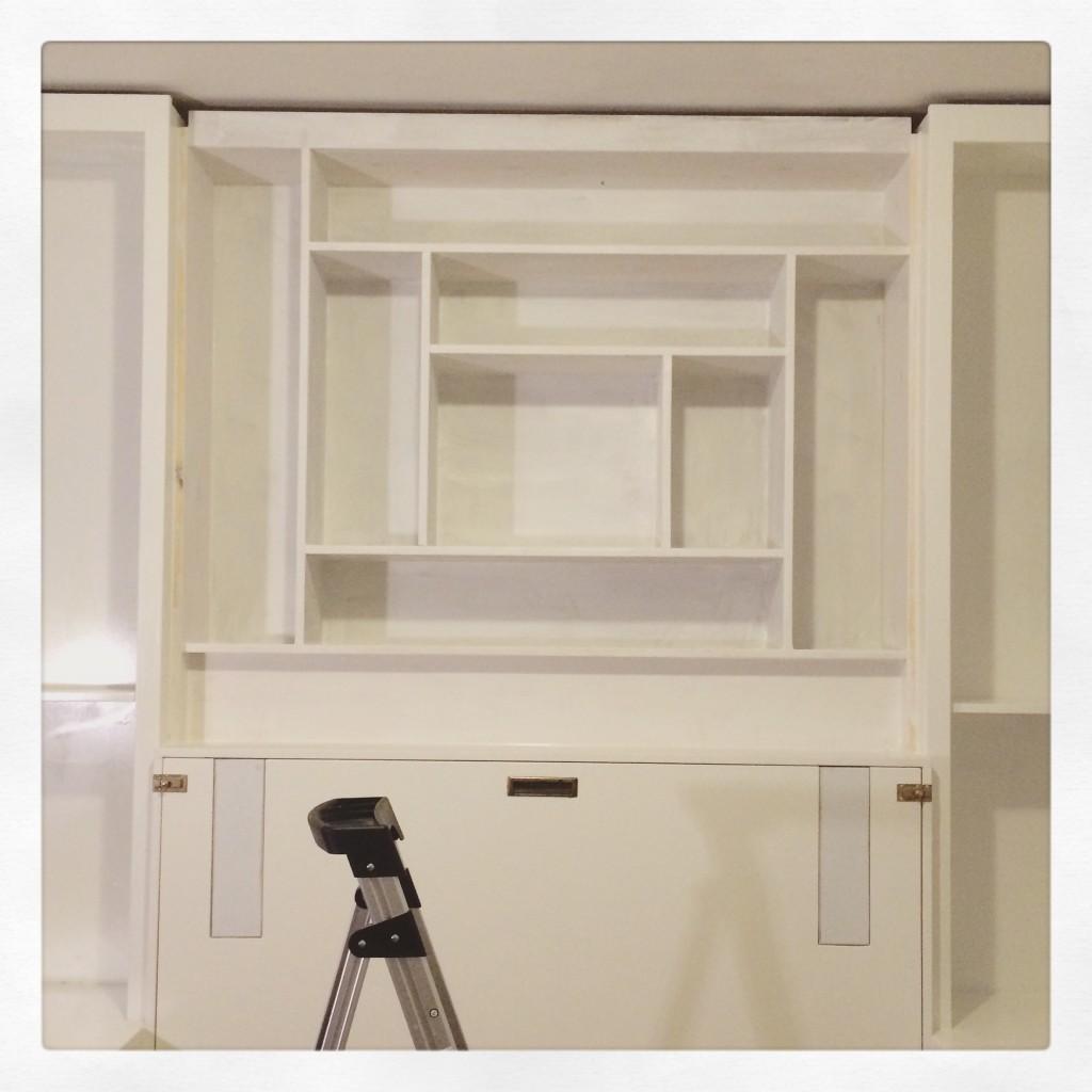 Log Cabin Quilt-inspired Shelves